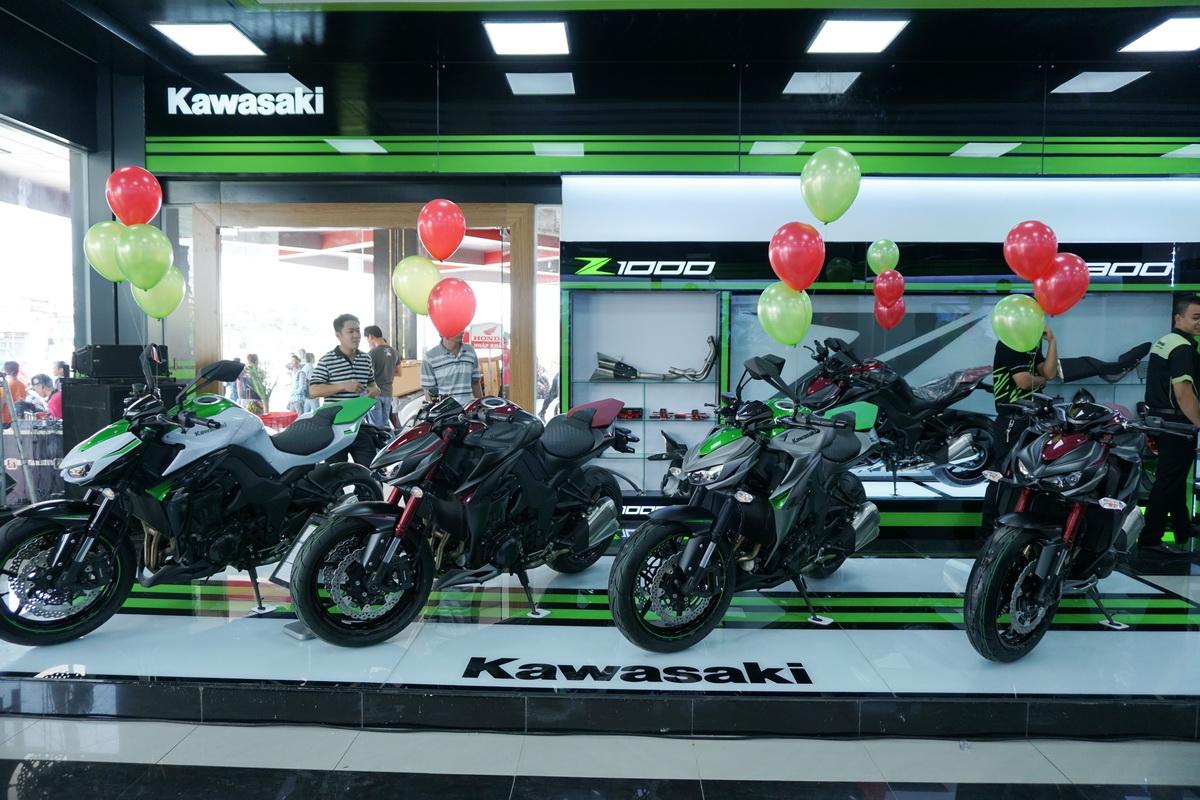 Cửa hàng Kawasaki tiêu chuẩn