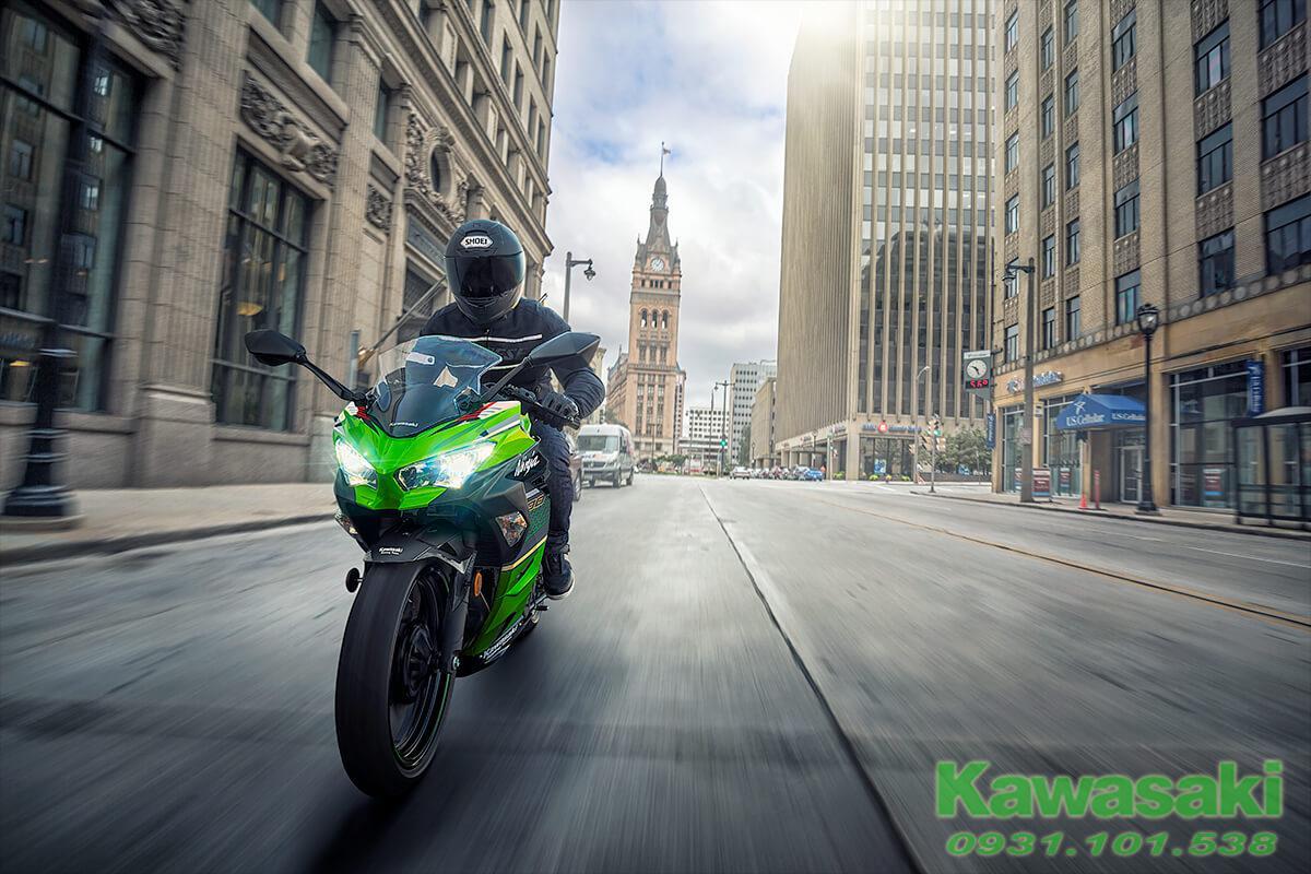 Kawasaki Ninja 400 ABS KRT 2021