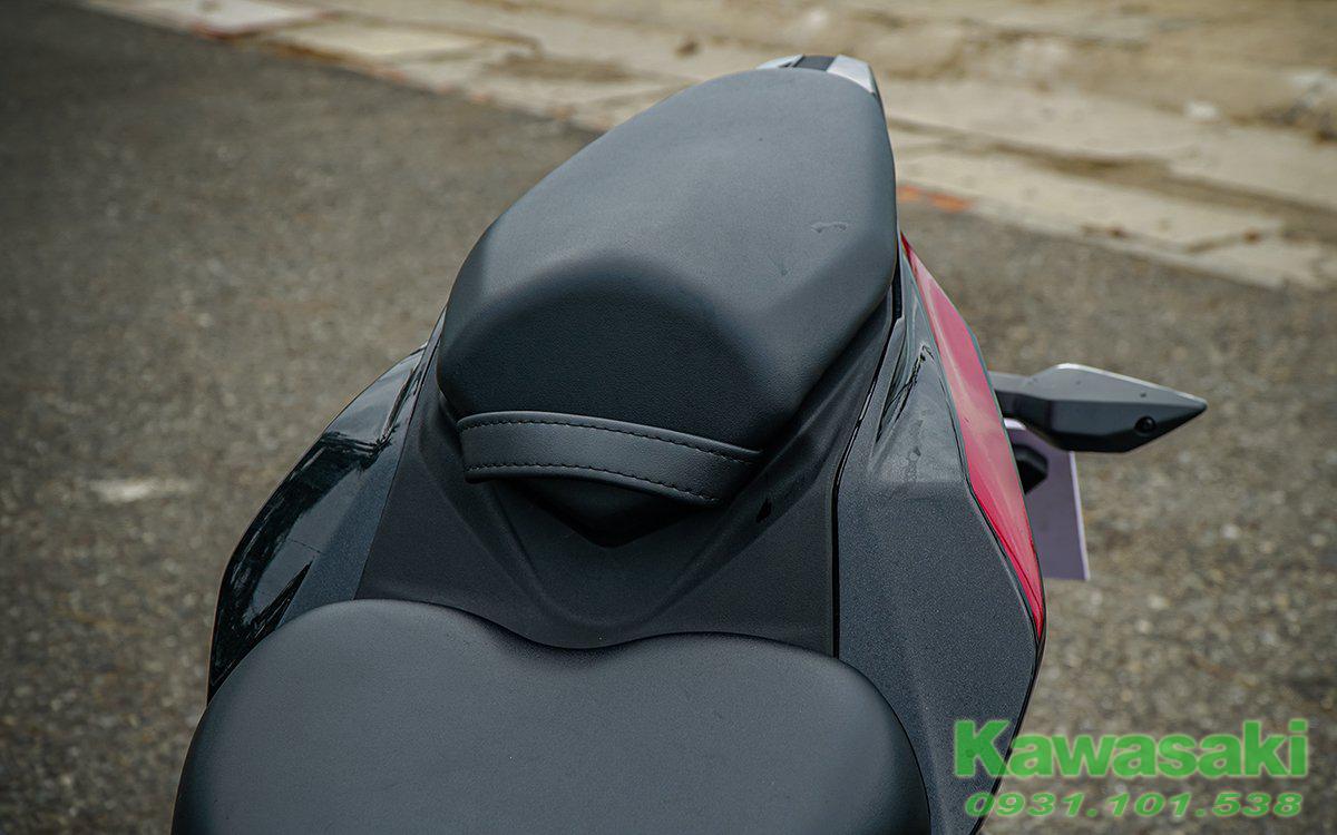 Kawasaki Ninja ZX25R SE 2021