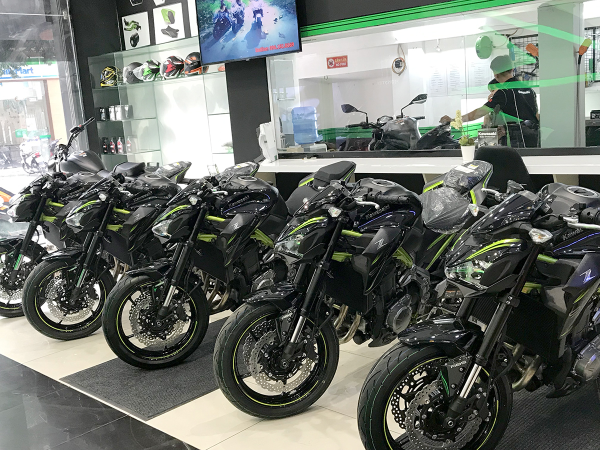 Showroom kawasaki Motorrock