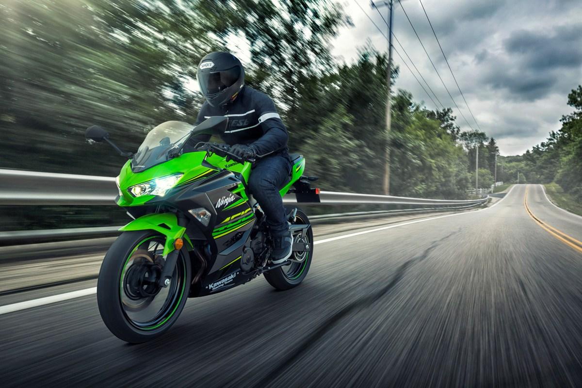Ninja 400 2019 xanh KRT
